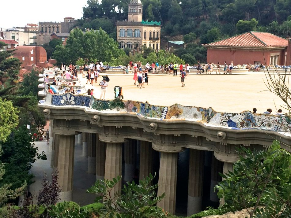 parc-guell-gaudi-pictures