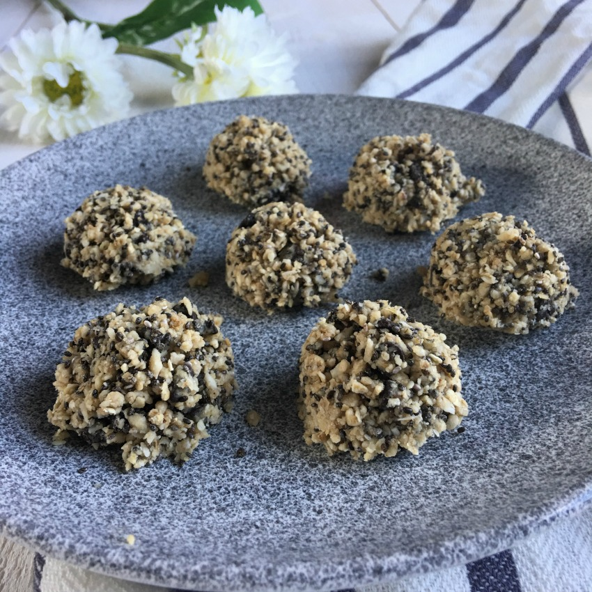 energy-balls-tahini-fille-a-fitness