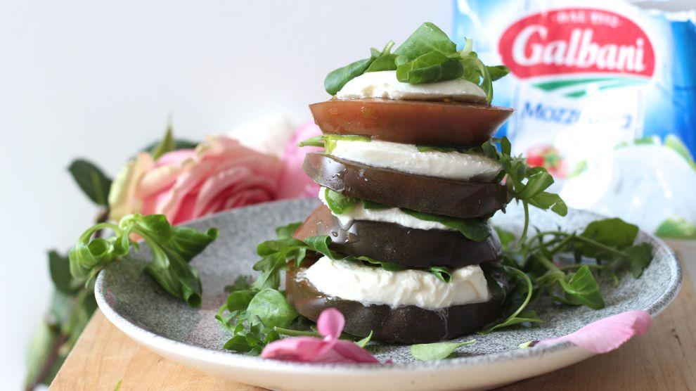 Tomate mozzarella et mâche : salade low carb